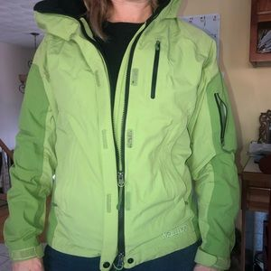 Marmot size small lime green rain wind coat
